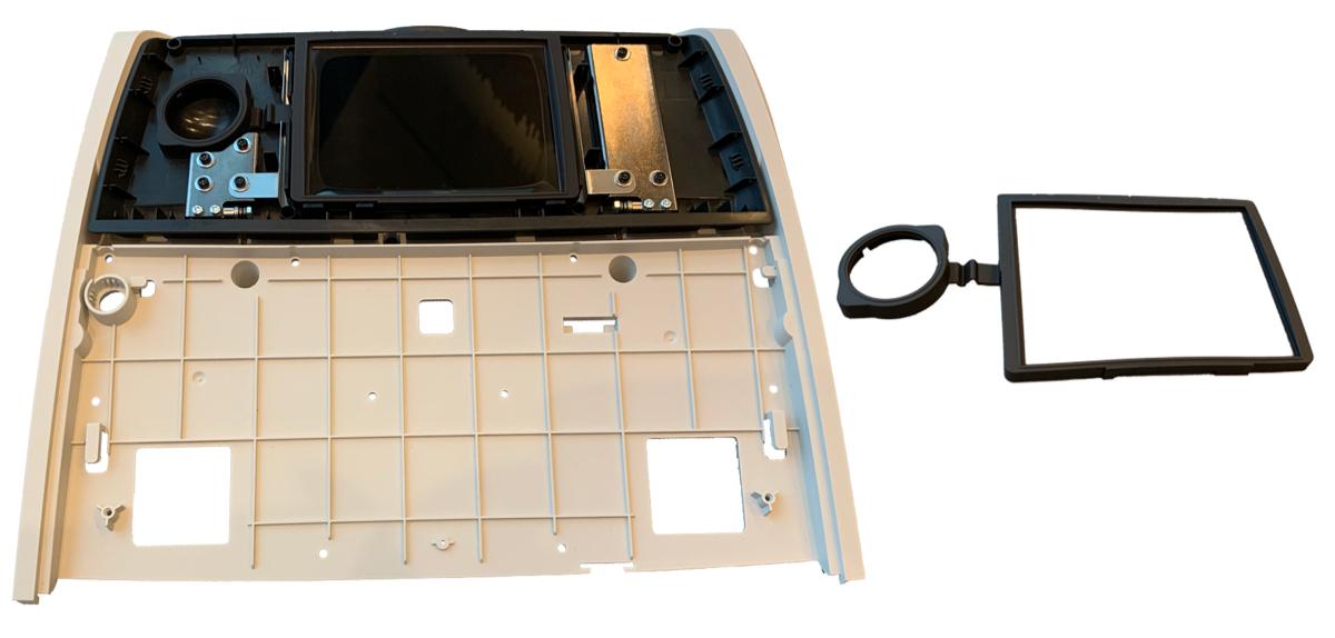 Audiometer og silikonepakning samlet med hvid baggrund